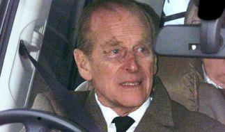 Prinz Philip kann aufatmen: Der Autounfall, in den der Ehemann von Queen Elizabeth II. verwickelt war, hat keine Konsequenzen für den 97-Jährigen. (Foto)