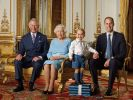 Vier royale Generationen auf einem Foto: Queen Elizabeth II. mit ihrem Sohn Prinz Charles, Enkel Prinz William und Urenkel Prinz George. (Foto)