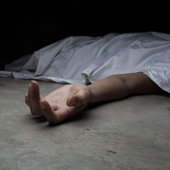 Rentenbetrug! Mann lebt monatelang mit toter Mutter (Foto)