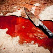 Geistig verwirrter Messer-Mann sticht auf Frau (19) ein (Foto)