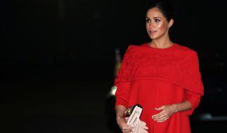 Meghan Markle sorgte in Marokko nicht nur mit ihrer feuerroten Valentino-Robe für Aufsehen. (Foto)