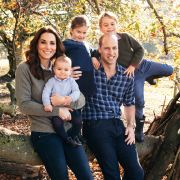 Auszeit! Herzogin Kate im Urlaub mit Mann und Kindern (Foto)