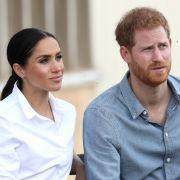 Zu viel für Prinz Harry! Fremder bedrängt Herzogin Meghan (Foto)