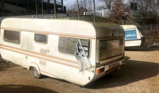 Wegen des Verdachts des sexuellen Missbrauchs hat die Polizei in Bonn eine Zwölfjährige aus einem Campingwagen befreit. (Foto)