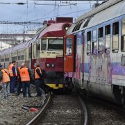 Personenzüge frontal kollidiert - mehr als 20 Verletzte (Foto)