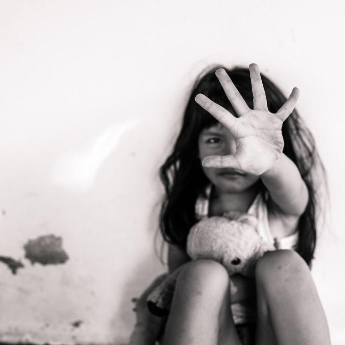 Widerlich! Mädchen (7) im Live-Stream bei Facebook missbraucht (Foto)