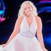 Mit DIESEM sexy Hintern-Hammer verführt die Blondine ihre Fans (Foto)