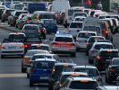 Die Polizei greift rigoros gegen Autofahrer vor, die keine Rettungsgasse bilden (Symbolfoto). (Foto)