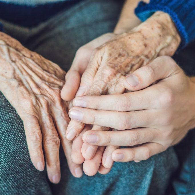 """Senioren in """"Horrorheim"""" unter Drogen gesetzt und misshandelt (Foto)"""