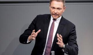Christian Lindern fordert, dass die Bundesregierung den Milliardenüberschuss an die Bürger auszahlen soll. (Foto)