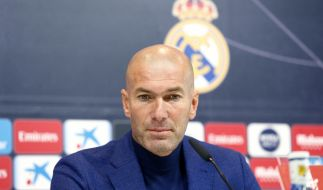 Zinedine Zidane kehrt offenbar nach weniger als einem Jahr auf die Trainerbank bei Real Madrid zurück. (Foto)