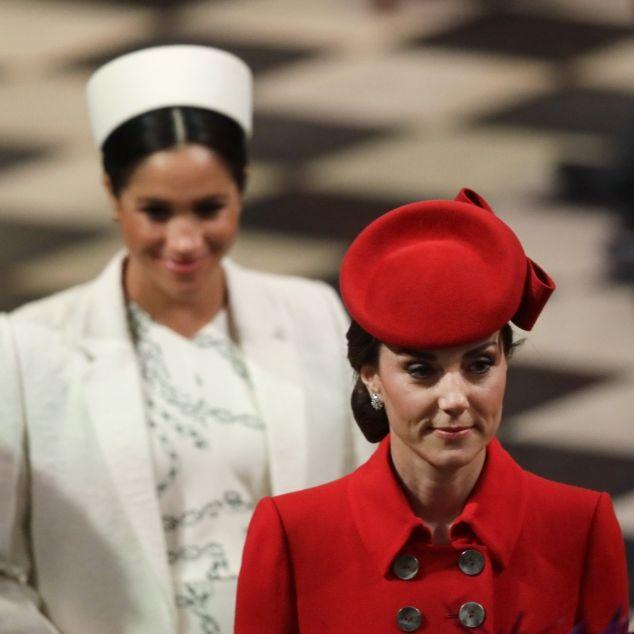 Kuschelkurs statt Zickenkrieg! Herzogin Meghan im Knutschfieber (Foto)