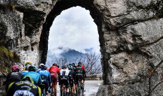 Das 77. Paris-Nizza Fahrradrennen ist im vollen Gange. (Foto)