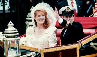 Prinz Andrew und Sarah Ferguson feierten 1986 Hochzeit - zehn Jahre später wurde die Scheidung amtlich. (Foto)
