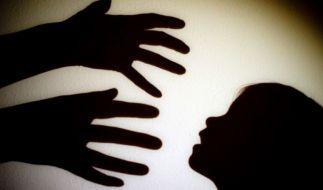 In Indien wurde ein 12-jähriges Mädchen von ihrem Onkel und ihren Brüdern vergewaltigt. (Foto)