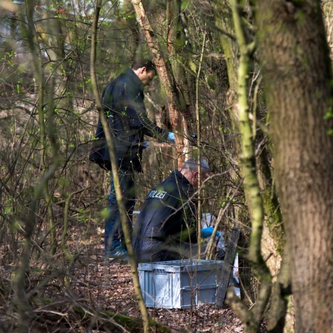 Schüler finden toten Säugling beim Müllsammeln - Kripo ermittelt (Foto)