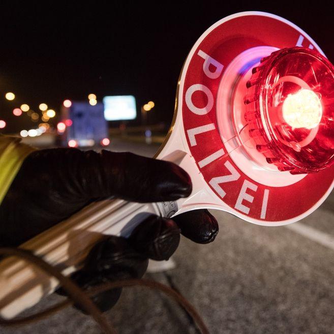 Crash nach Verfolgungsjagd! 14-Jähriger flüchtet mit Papas Auto vor Polizei (Foto)