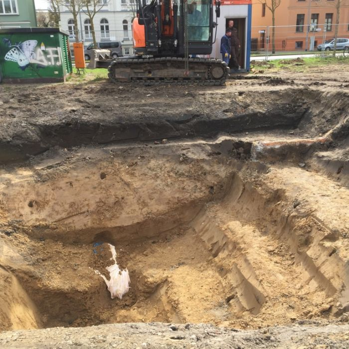 10.000 Rostocker betroffen! 250 Kilo-Bombe entschärft (Foto)