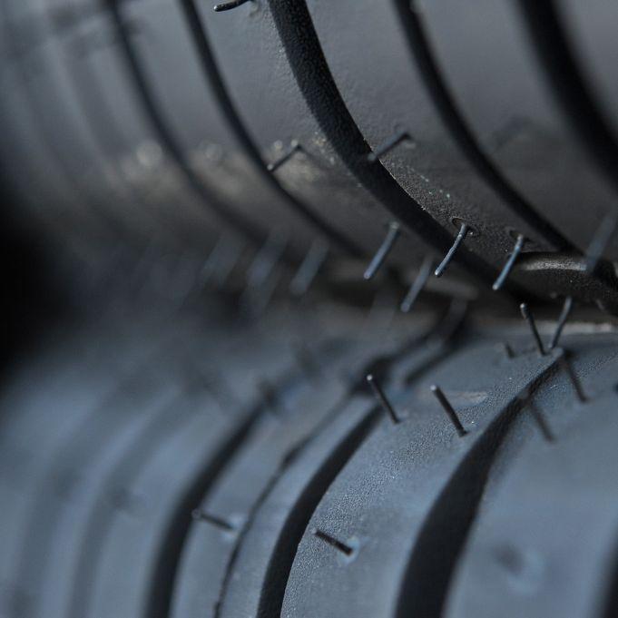 Was Sie jetzt über den Reifenwechsel wissen müssen (Foto)