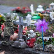 Bus rast in Trauergemeinde! Sieben Tote (Foto)
