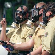 14 Verletzte! Ammoniak vergiftet Besucher des Eisstadions (Foto)