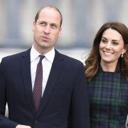 DARUM muss er sich von Herzogin Kate trennen (Foto)