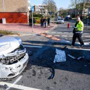 14 verletzte Schulkinder! Junger Mann crasht in Schulbus (Foto)