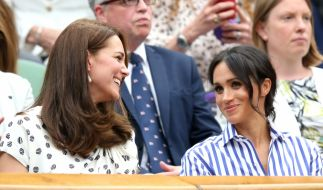 Kate Middleton und Meghan Markle beim Tennis-Turnier in Wimbledon 2018. (Foto)