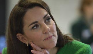 Herzogin Kate durfte bereits mit aufdringlichen Fans Bekanntschaft machen. (Foto)