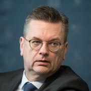 Fehler am Fließband: DFB-Boss Grindel scheiterte an sich selbst (Foto)