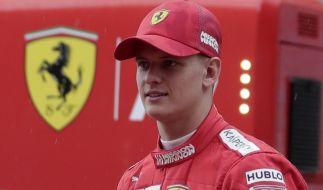 Mick Schumacher testet beim Großen Preis von Bahrain für Ferrari. (Foto)
