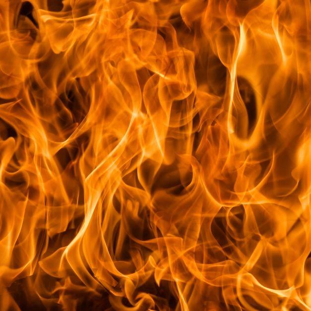 Riesiger Feuerball! Heftige Explosion erschüttert Paris (Foto)