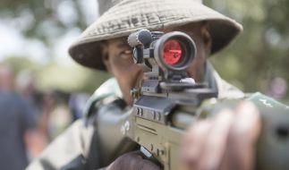Im Krüger Nationalpark in Südafrika macht eine Spezialeinheit Jagd auf Wilderer - doch jetzt kümmerte sich die Natur selbst um einen illegalen Jäger (Symbolbild). (Foto)
