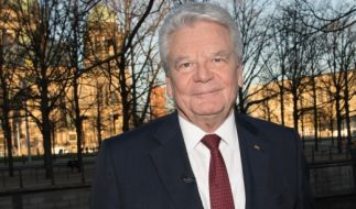 """Altbundespräsident Joachim Gauck bei der Preview der ZDF-Dokumentation """"30 Jahre Mauerfall - Joachim Gaucks Suche nach der Einheit"""". (Foto)"""