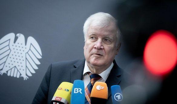 Horst Seehofer mit Gesetzentwurf