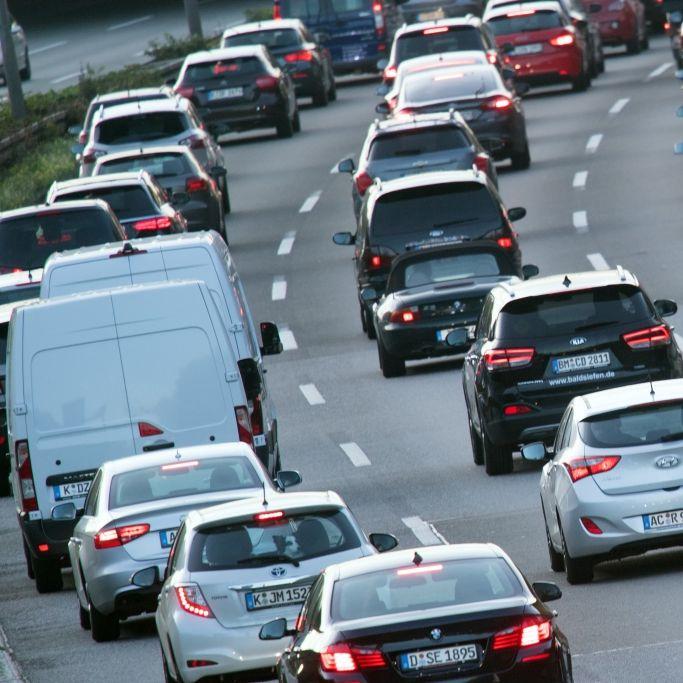 Osterferien-Beginn! Stau-Gefahr auf diesen Autobahnen (Foto)