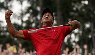 14 Jahre nach seinem letzten Sieg im Augusta National Golf Club triumphiert Tiger Woods erneut beim Masters. (Foto)