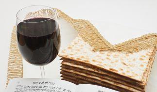 Ungesäuertes Brot, auch Mazza genannt, gehört zum jüdischen Pessach-Fest unbedingt dazu. (Foto)