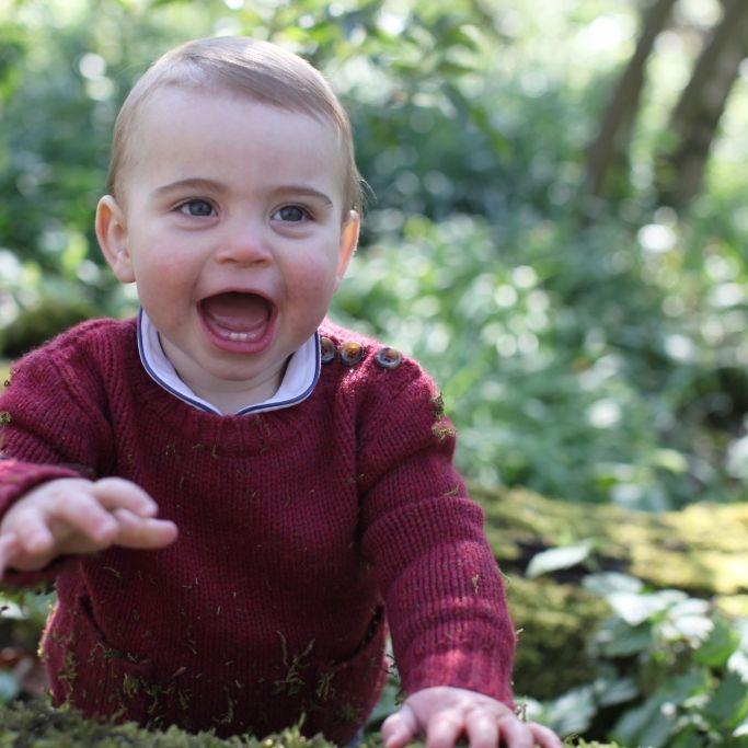 Endlich neue Fotos! SO glücklich strahlt er zum 1. Geburtstag (Foto)
