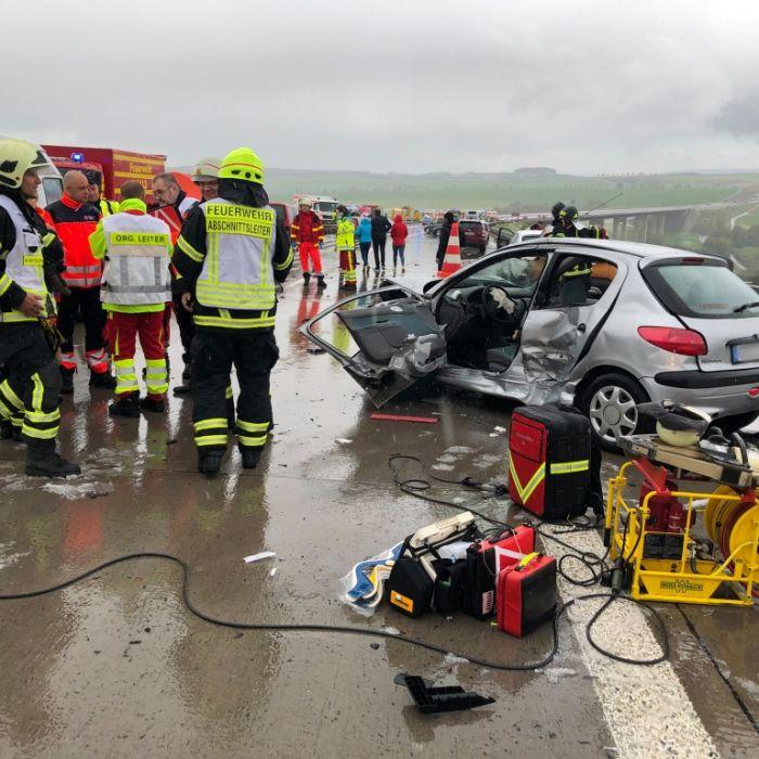 Massenkarambolage in Thüringen! Mindestens 25 Verletzte (Foto)