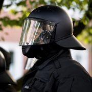 Die Polizei rüstet sich für den 1. Mai 2019.