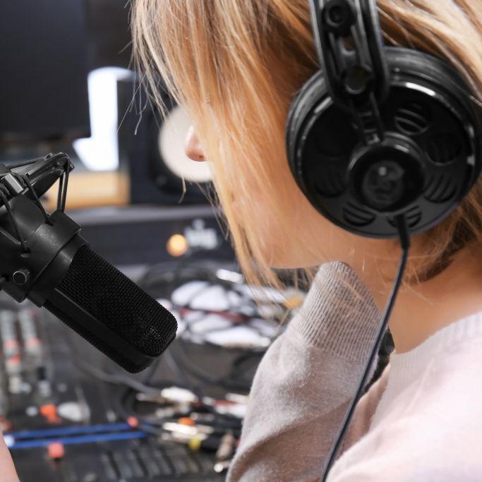 Tragisches Zug-Unglück? BBC-Radio-Moderatorin stirbt mit 39 Jahren (Foto)