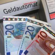 Warnstreik! Hier stehen Bankkunden vor verschlossener Tür (Foto)