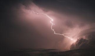Am Wochenende drohen Deutschland heftige Gewitter. (Foto)