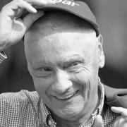 So bewegend trauern die Promis um die Formel-1-Legende (Foto)