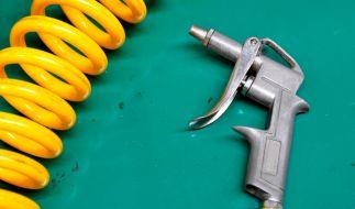 Ein Scherz unter Freunden mit einer Druckluftpistole hatte für einen 30-Jährigen aus Indien schmerzhafte Folgen (Symbolfoto). (Foto)
