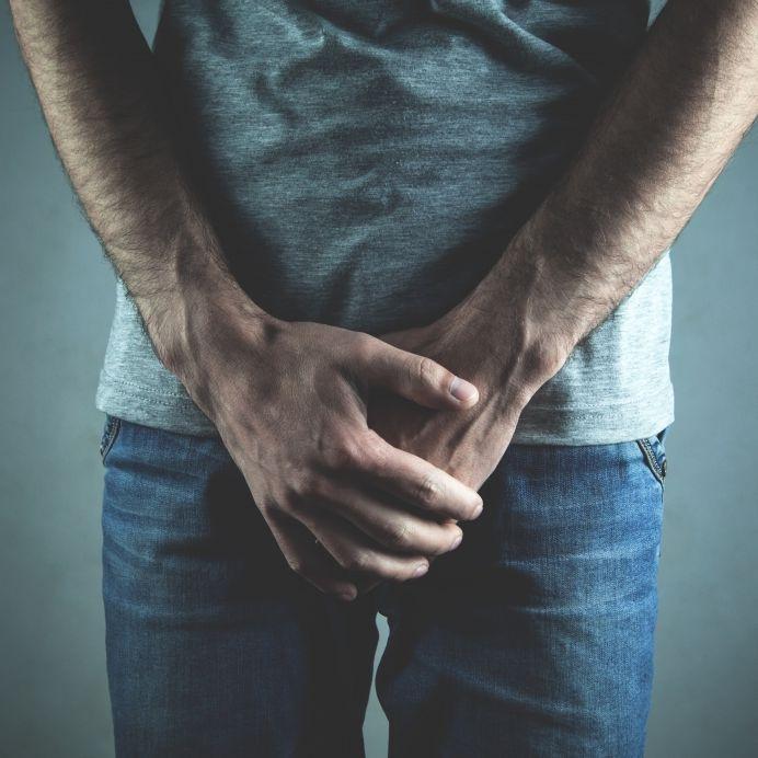 Autsch! Jugendlicher (16) bleibt mit Penis in Abflussrohr stecken (Foto)