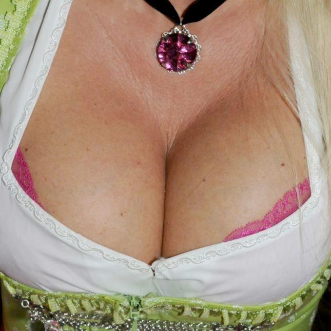 Kein Sex? Diese Auswirkungen hat das auf die Brüste der Frau! (Foto)