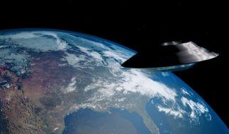 Piloten der US-Navi Fliegerstaffel haben Berichten zu Folge in den Jahren 2014 und 2015 regelmäßige UFO-Sichtungen via Infrarot-Kamera aufgenommen und dokumentiert. (Foto)