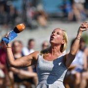 "Andrea Kiewel ist im ""ZDF Fernsehgarten"" voll in ihrem Element. (Foto)"